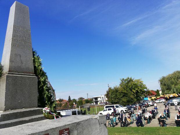 <em>Hír szerkesztése</em> Október 6.: a vesztőhelyen kezdődött a megemlékezés [AUDIO, VIDEO]