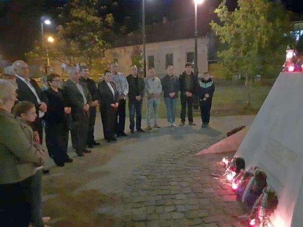 <em>Hír szerkesztése</em> '56-os megemlékezés Pécskán
