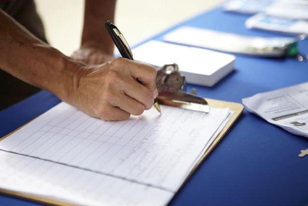 <em>Hír szerkesztése</em> Megkezdte a támogató aláírások gyűjtését az RMDSZ