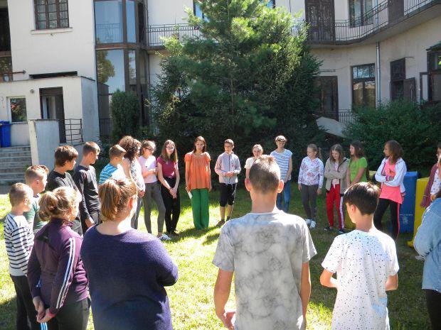<em>Hír szerkesztése</em> Anyanyelvi tábor fakultatívan magyarul tanulóknak [AUDIÓ]