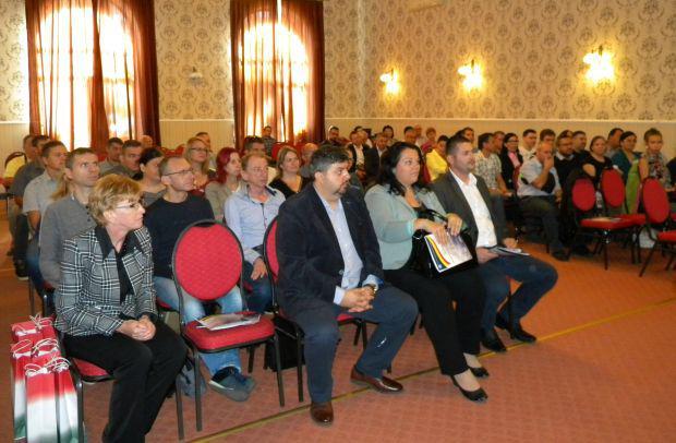 <em>Hír szerkesztése</em> Pécskán egyeztettek az Arad és Békés megyei vidékfejlesztési igazgatóságok [AUDIÓ]
