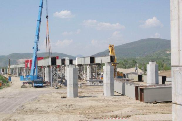 <em>Hír szerkesztése</em> Leáll a Lugos–Déva autópálya egyik szakaszának az építése