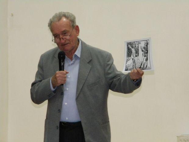 <em>Hír szerkesztése</em> Tóth Árpádra emlékeztek az Aradi Magyar Költészet Napján