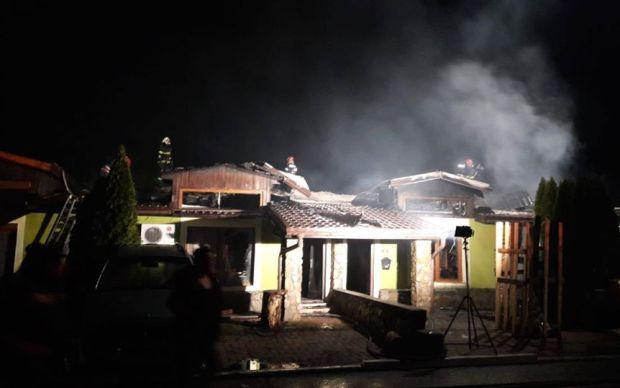 <em>Hír szerkesztése</em> Tűzvész tombolt az éjjel az egyik lakóparkban