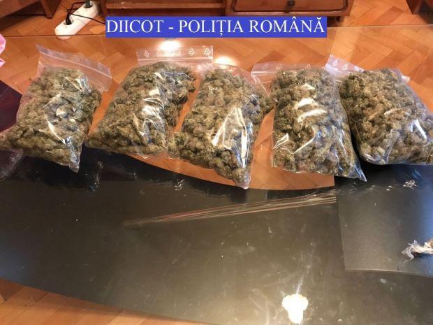 <em>Hír szerkesztése</em> Felszámoltak egy drogbandát
