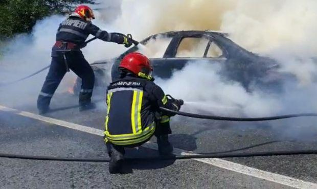 <em>Hír szerkesztése</em> Menet közben gyulladt ki egy autó