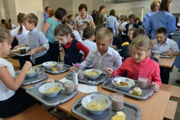 <em>Hír szerkesztése</em> Meleg étel és délutáni oktatás minden iskolában