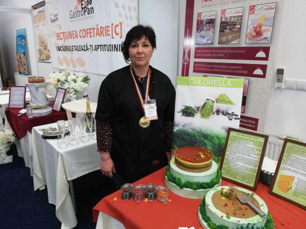 <em>Hír szerkesztése</em> Átadták az Év tortája-díjat az aradi GastroPan kiállításon
