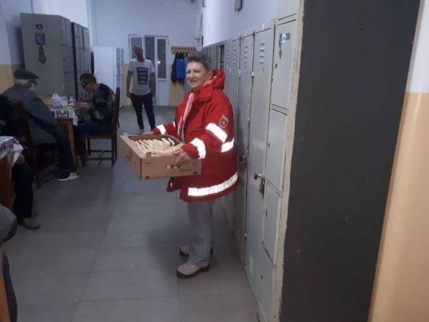 <em>Hír szerkesztése</em> Maszkok készítésével és bevásárlással segít a Máltai Szeretetszolgálat [AUDIO]