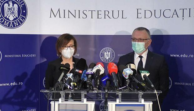 <em>Hír szerkesztése</em> Döntöttek az iskolai járványügyi szabályokról