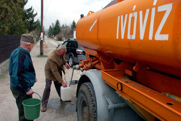 <em>Hír szerkesztése</em> Békésben sürgetik az aradi víz importját
