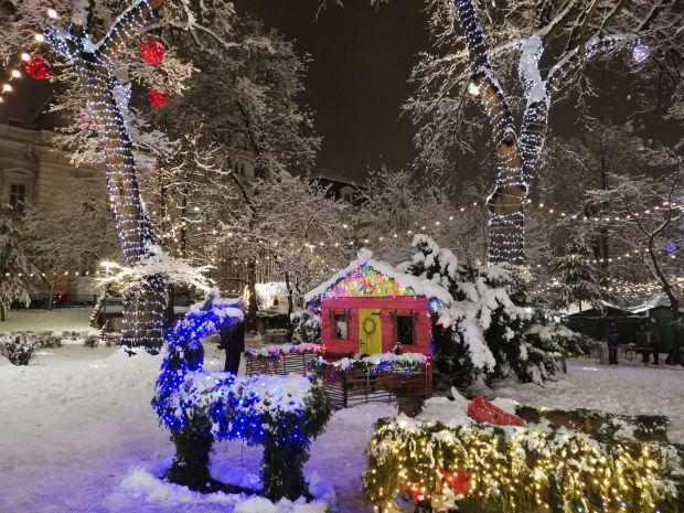 <em>Hír szerkesztése</em> Pénteken nyílt meg a karácsonyi vásár [FRISSÍTVE]