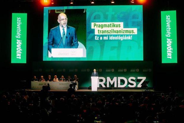 <em>Hír szerkesztése</em> Egyetlen jelöltként választották RMDSZ-elnöknek Kelemen Hunort