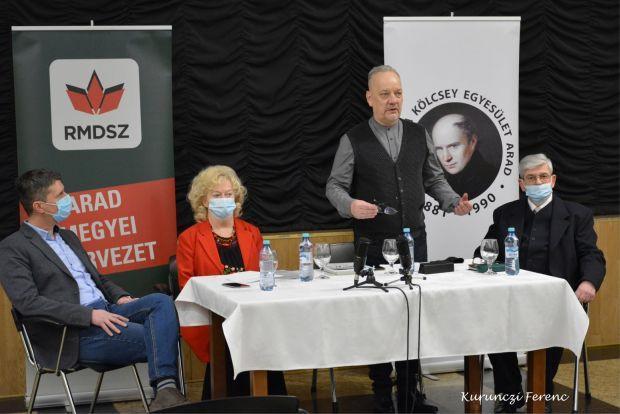 <em>Hír szerkesztése</em> Milyen magyarnak lenni Aradon? [AUDIO]