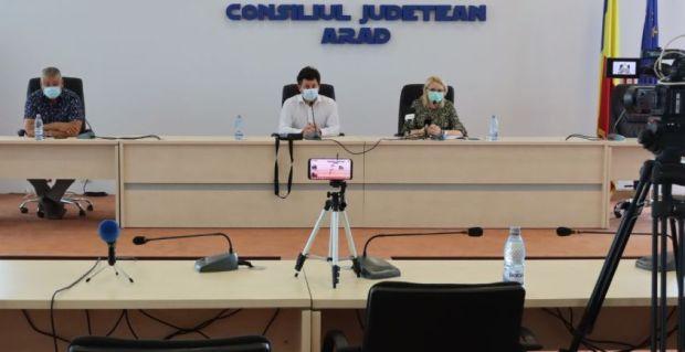 <em>Hír szerkesztése</em> Két koronavírus-gócpont is kialakult Arad megyében [FRISSÍTVE]