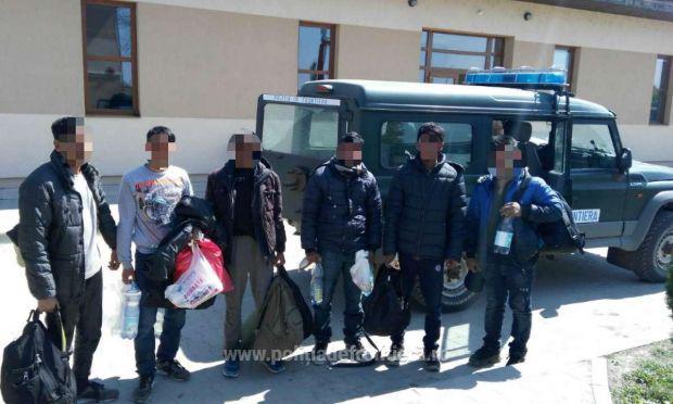 <em>Hír szerkesztése</em> Taxival próbáltak Magyarországra szökni
