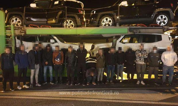 <em>Hír szerkesztése</em> A határőrök 35 migránst tartóztattak fel