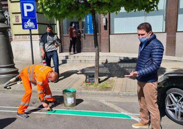<em>Hír szerkesztése</em> Ingyenes motorkerékpár-parkolók Aradon