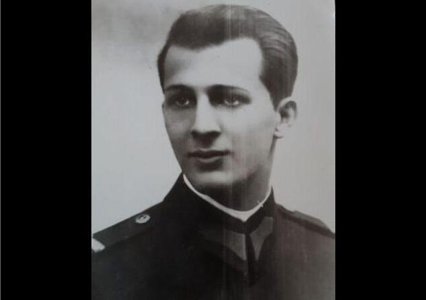 <em>Hír szerkesztése</em> Szobrot kap a stadionban báró Neuman Ferenc