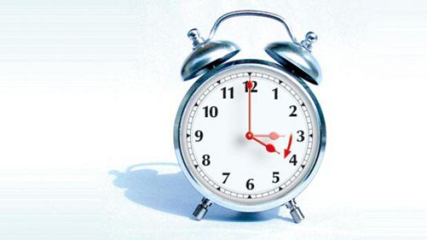 <em>Hír szerkesztése</em> Vasárnap kezdődik a nyári időszámítás