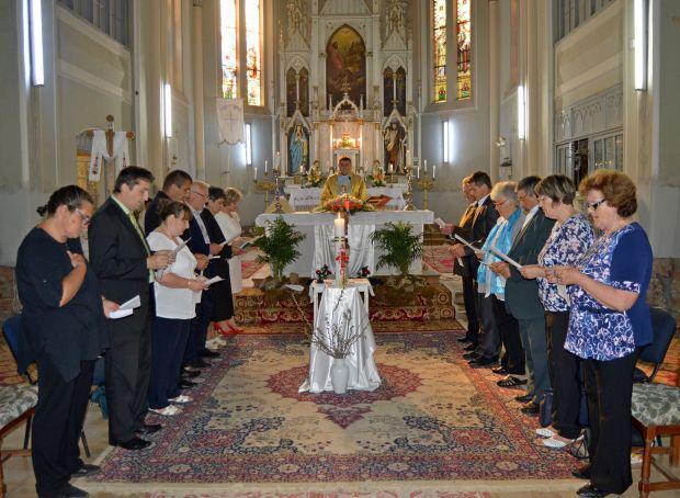 <em>Hír szerkesztése</em> Letette az esküt az új pécskai egyháztanács