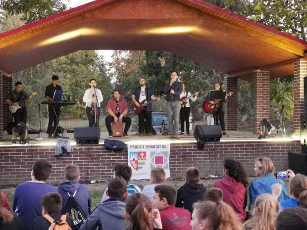 <em>Hír szerkesztése</em> REFFESZT: az aradi református fiatalok fesztiválja