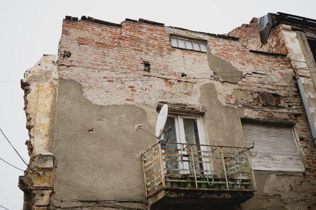 <em>Hír szerkesztése</em> Többletadót rónak ki az elhanyagolt ingatlanok tulajdonosaira