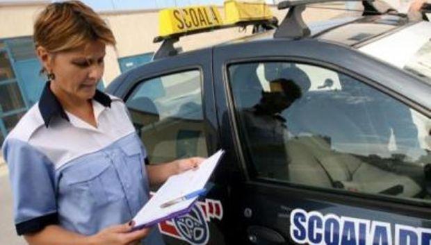 <em>Hír szerkesztése</em> Júniusban bepótolják az elmaradt sofőrvizsgákat
