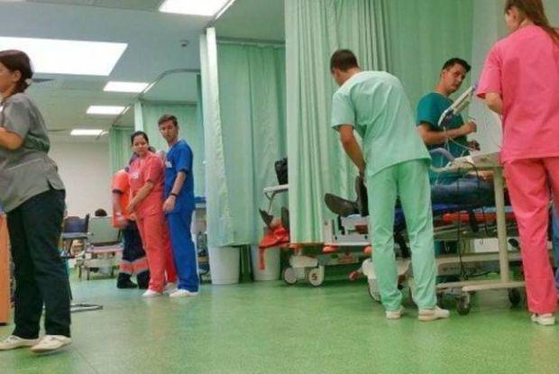 <em>Hír szerkesztése</em> Újabb gyerekek kerültek kórházba a német iskolából