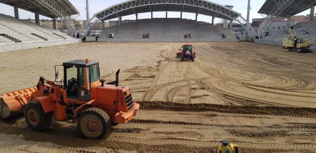 <em>Hír szerkesztése</em> Újrakezdték a munkát a Neuman Ferenc-stadionban