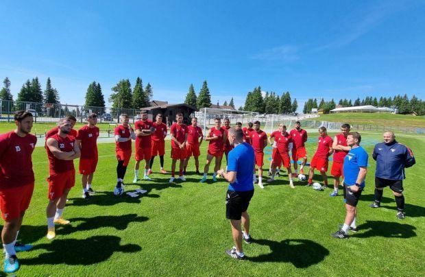 <em>Hír szerkesztése</em> Megkezdte szlovéniai edzőtáborozását az UTA