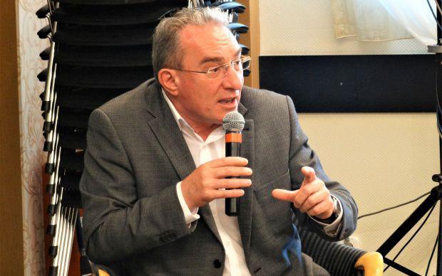<em>Hír szerkesztése</em> Winkler Gyula Nagyiratosra látogat