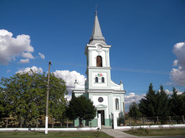 <em>Hír szerkesztése</em> 120 éves a szentleányfalvi református templom [AUDIÓ]