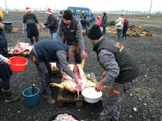 <em>Hír szerkesztése</em> Téli hagyományok fesztiválja – disznótor és ajándékvásár az Expón