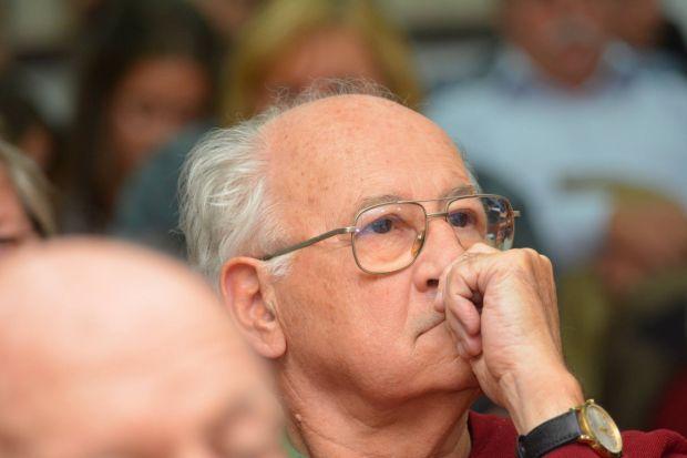 <em>Hír szerkesztése</em> Ezüstfenyő-díjra jelölik Túsz Ferencet