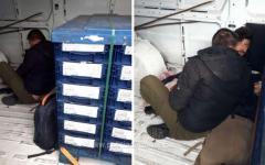 <em>Hír szerkesztése</em> Autóalkatrészeket és 11 migránst szállított