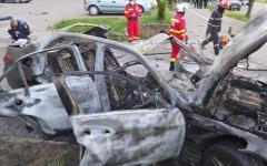 <em>Hír szerkesztése</em> Sajtóhírek: ezért robbanthatták fel az aradi vállalkozó autóját