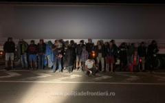 <em>Hír szerkesztése</em> Autóalkatrészek közé bújtak a migránsok