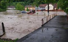 <em>Hír szerkesztése</em> Ötven háztartást sújtott az árvíz, öt személyt kimenekítettek
