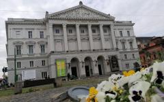 <em>Hír szerkesztése</em> Megkezdődött a színház felújítása és restaurálása