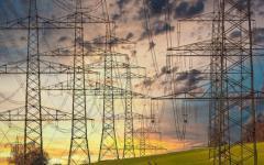 <em>Hír szerkesztése</em> Ideiglenes energiaár-kompenzációt kap a lakosság