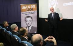 <em>Hír szerkesztése</em> Mozitermet neveztek el Jávor Pálról Szombathelyen