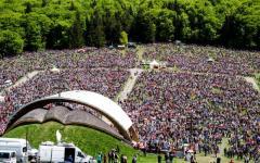 <em>Hír szerkesztése</em> Csíksomlyói búcsú: a hithez való ragaszkodást hirdette a szónok