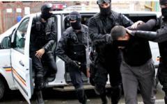 <em>Hír szerkesztése</em> Drogterjesztőkre csaptak le a rendőrök