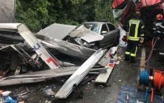 <em>Hír szerkesztése</em> Két kamion és egy kisautó ütközött Milovánál – FRISSÍTVE
