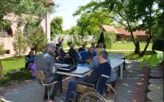 <em>Hír szerkesztése</em> Alkalmazkodtak a szükségállapothoz a kisiratosi Máltai-házban [AUDIO]