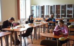 <em>Hír szerkesztése</em> Októbertől szombatonként is nyitva a könyvtár