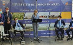 <em>Hír szerkesztése</em> Több mint 100 millió eurót ígért Arad megyének a kormányfő