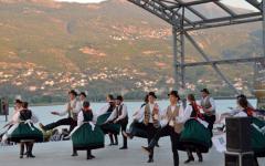 <em>Hír szerkesztése</em> Macedóniában lépett fel a Búzavirág