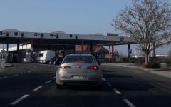 <em>Hír szerkesztése</em> Magyarország ezután napközben engedi keresztül az átutazókat
